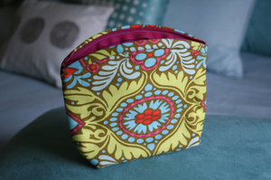 Pouch1
